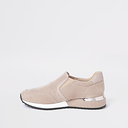 Girls pink perforated runner trainers