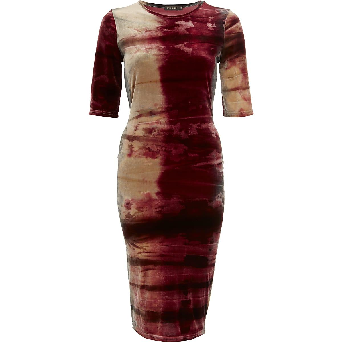 Robe droite manches courtes en velours rouge avec effet tie and dye