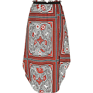 Red floral print hanky hem skirt