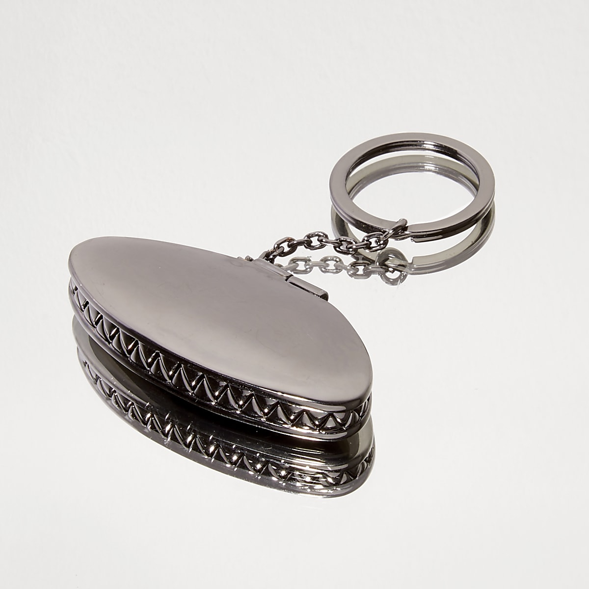 Gunmetal Design Forum grey fly trap keyring