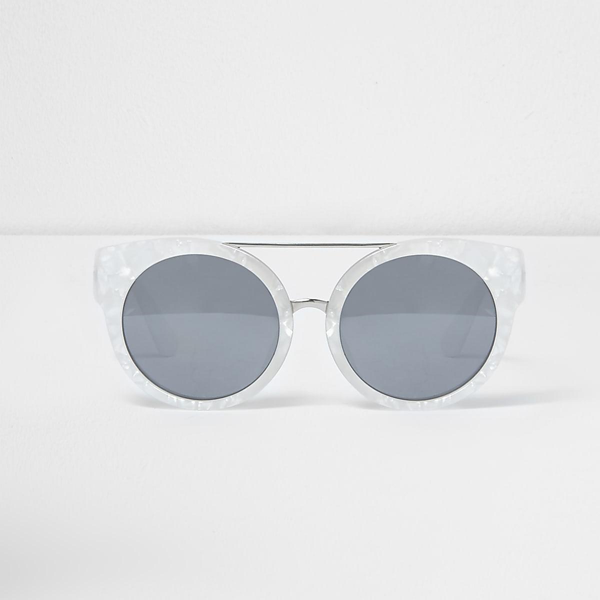 Crèmekleurige cat-eye-zonnebril