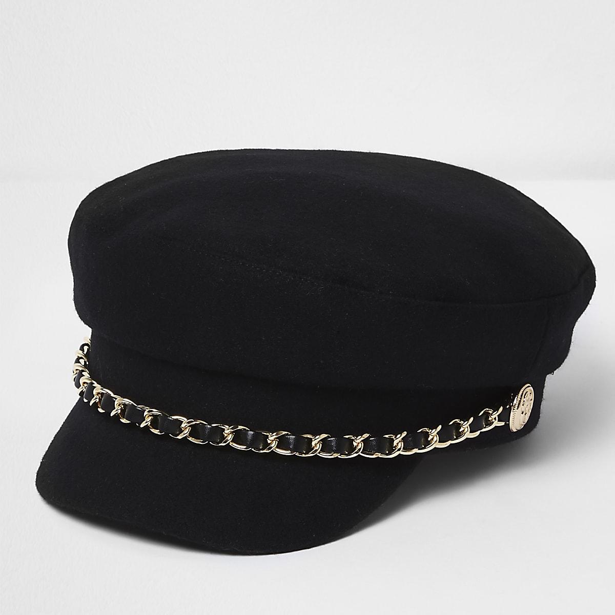 Black chain trim baker boy hat