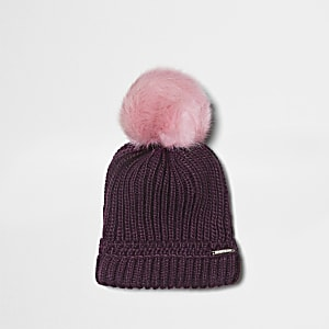 Burgundy faux fur bobble beanie hat