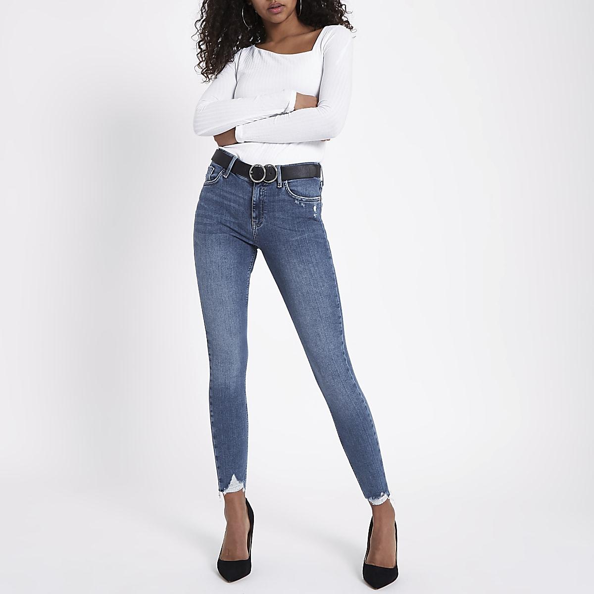 5cdd0079eba76c Amelie - Middenblauwe superskinny jeans met gerafelde zoom - Skinny ...