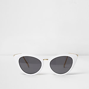 a6b678471e3 White cat eye smoke lens sunglasses