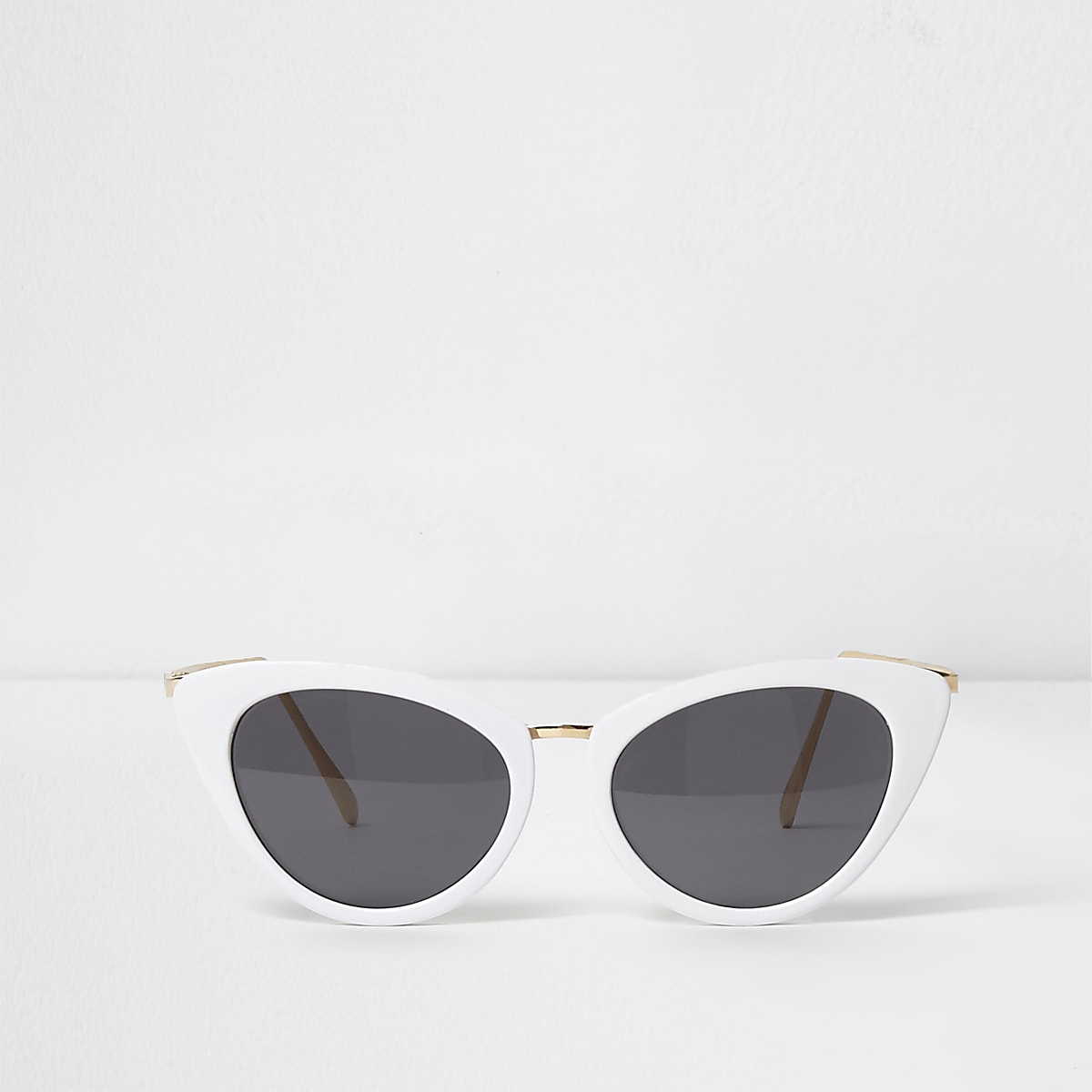 White cat eye smoke lens sunglasses
