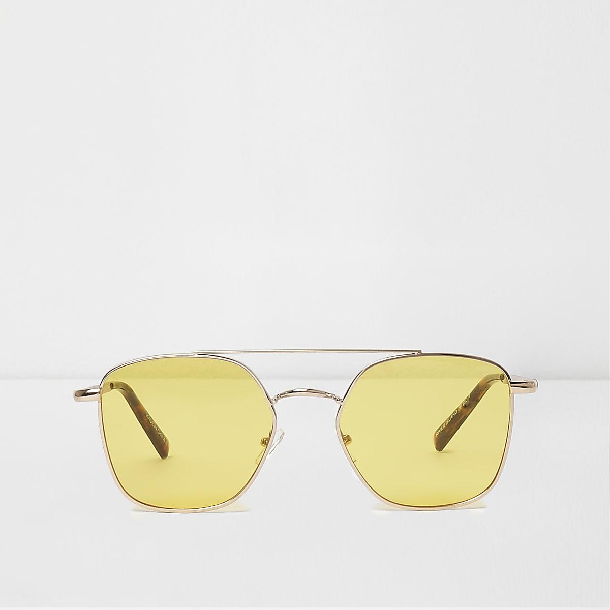 Yellow lens aviator sunglasses