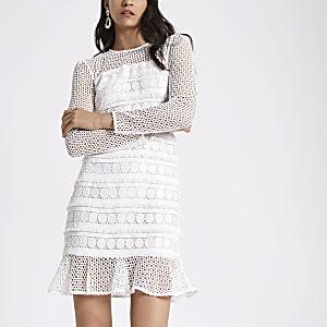 White long sleeve lace dress