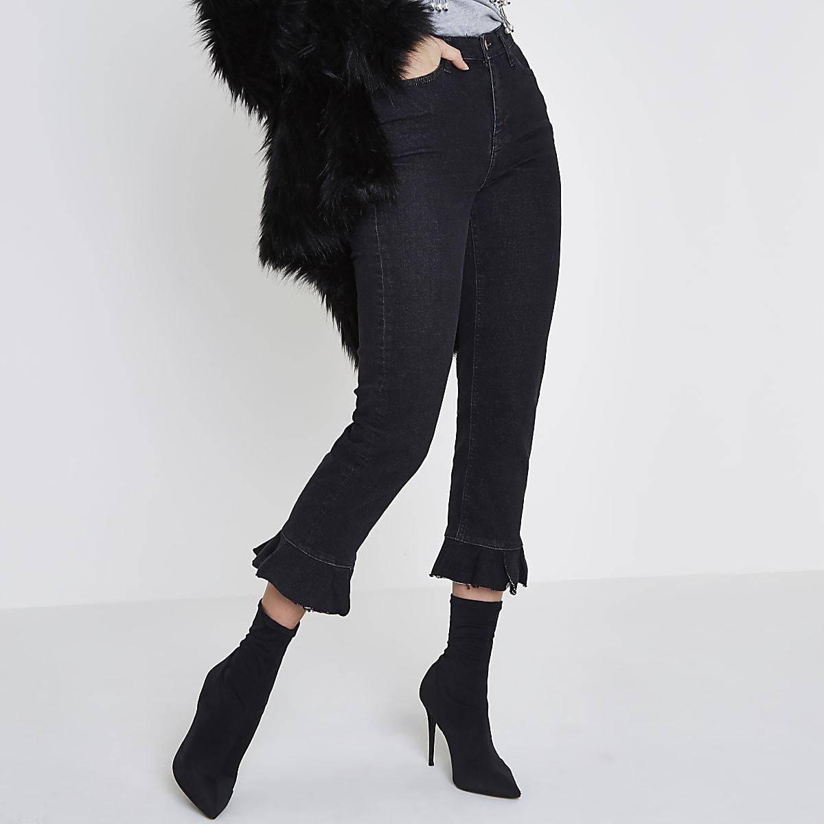 Bella – Jean droit noir à ourlet à volants