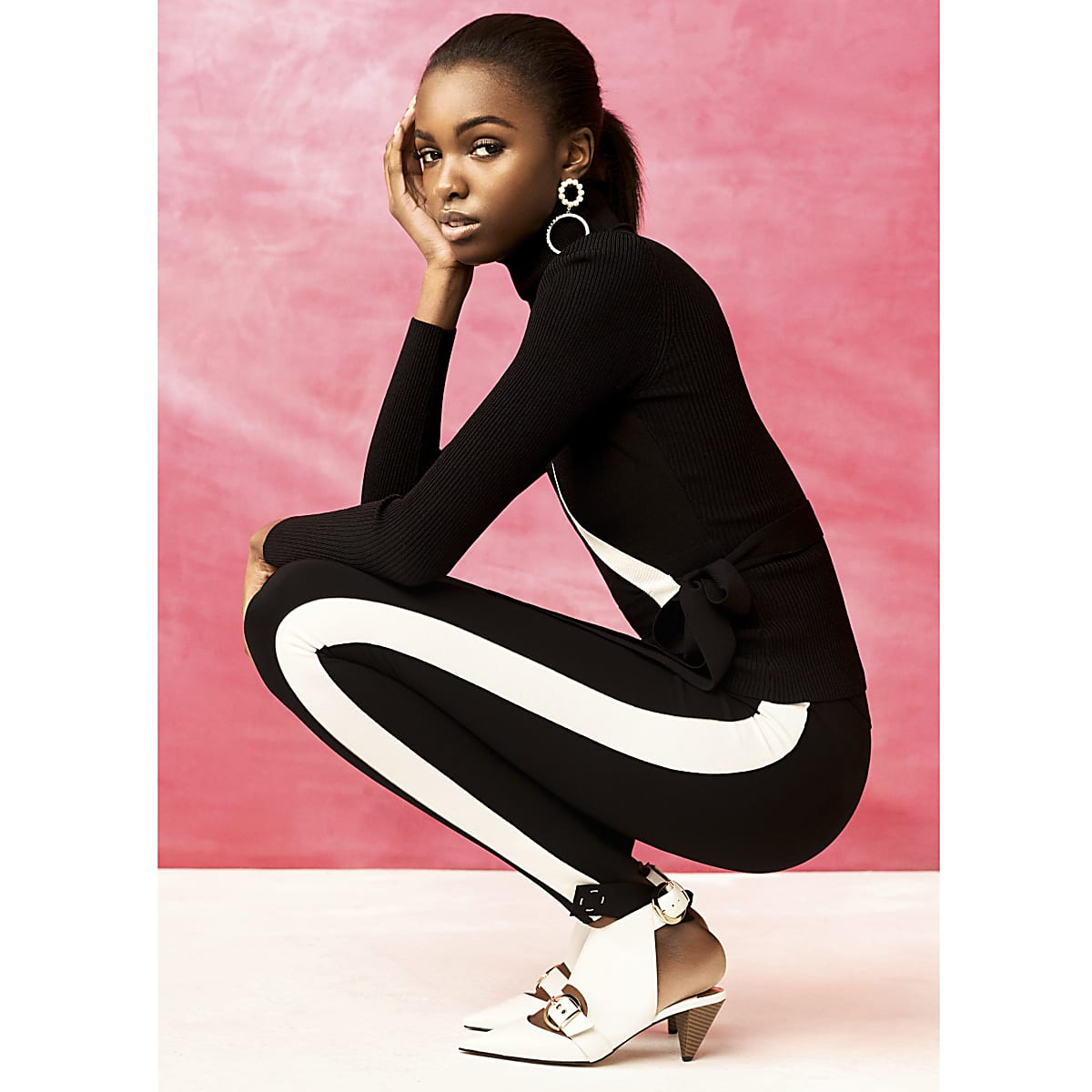 Black RI Studio jersey stirrup leggings