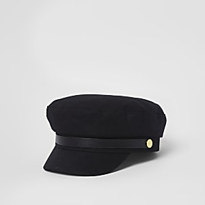 Black studded baker boy hat