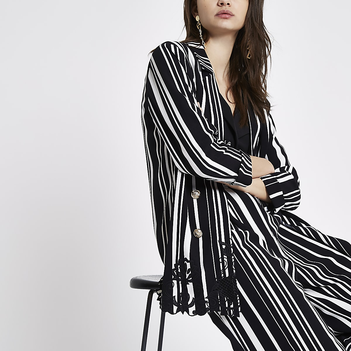 Black stripe embroidered hem longline blazer