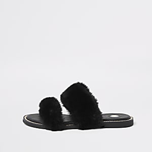 Black faux fur chain trim sandals
