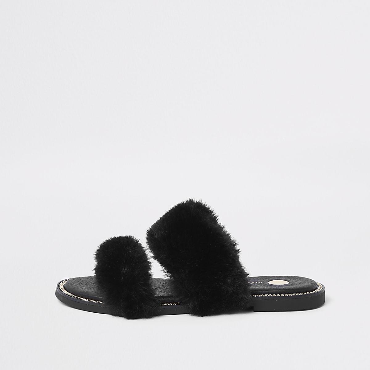 Black faux fur chain trim sandals