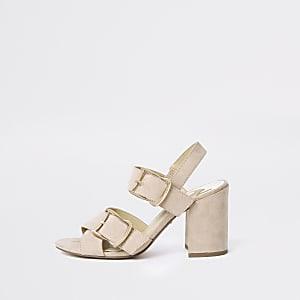 Pinke Sandalen mit Blockabsatz