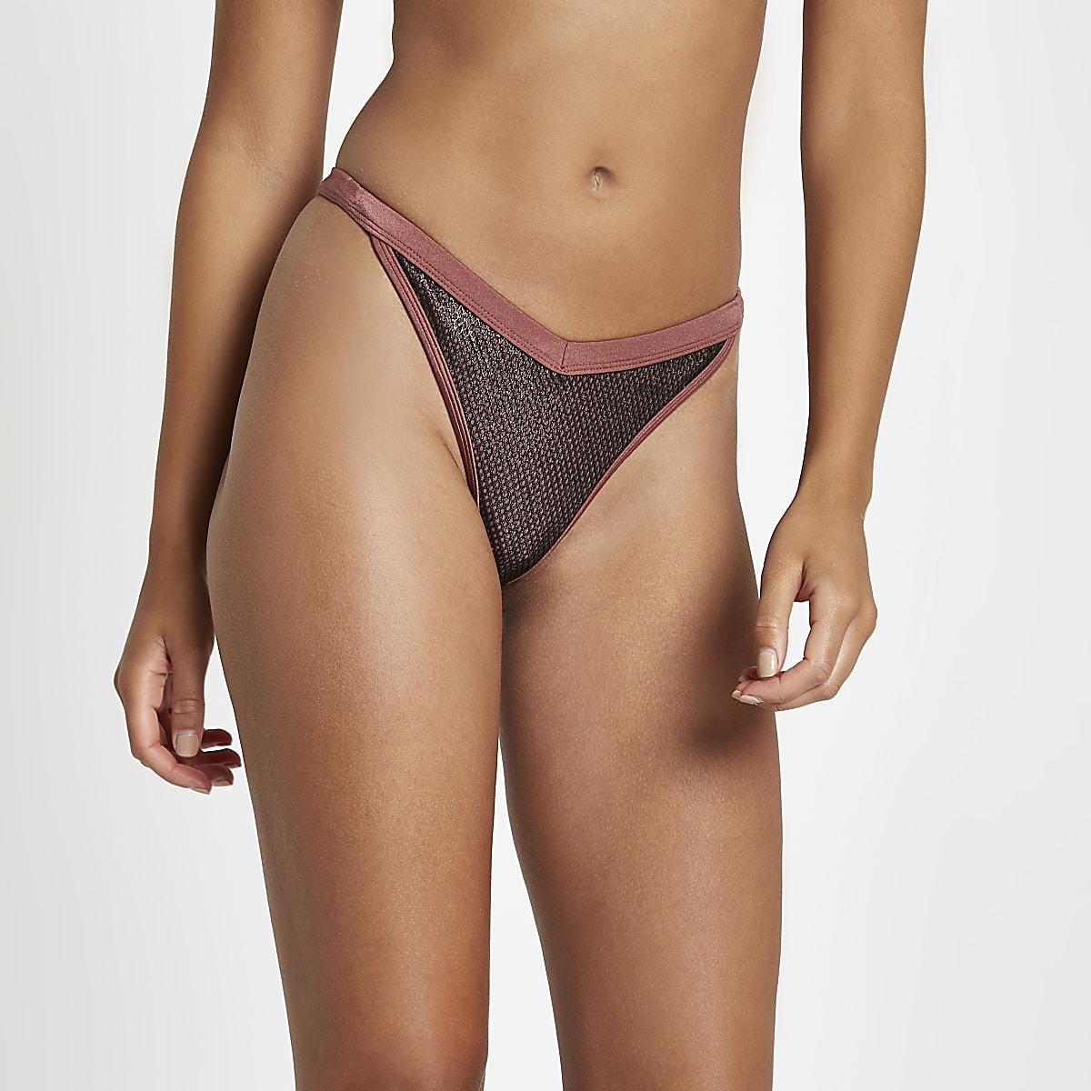 Donkerrood mesh hoog opgesneden bikinibroekje