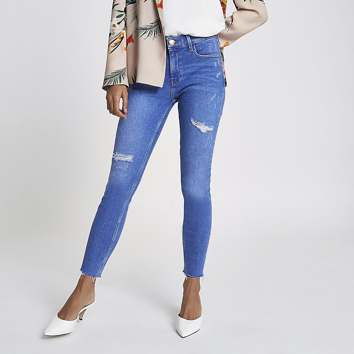 3cd6edd5766fbc Petite – Amelie – Blaue Super Skinny Jeans im Used-Look - Skinny ...