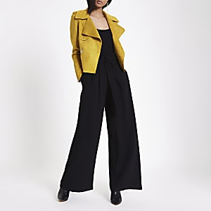 Black belted wide leg pants