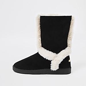 Black suede faux fur lined boots