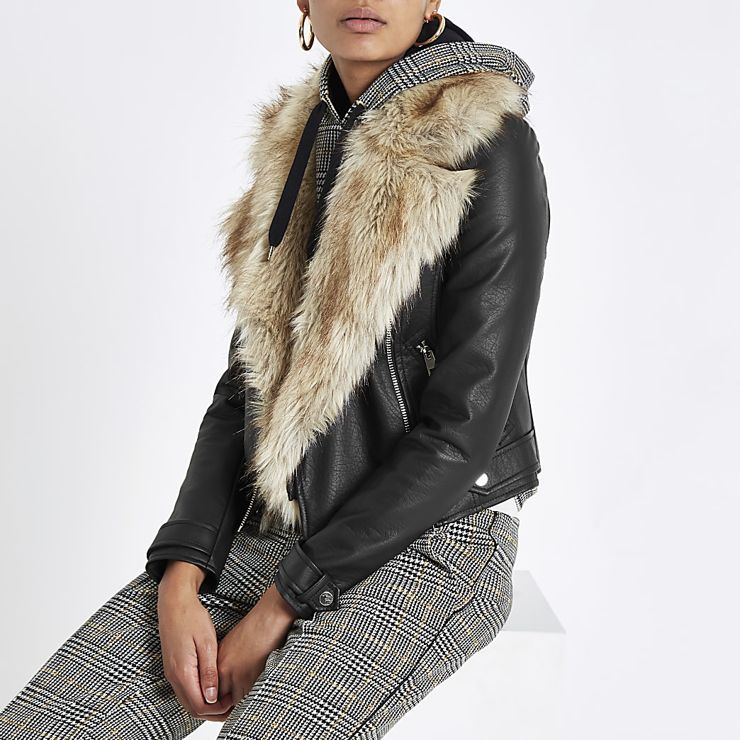 Black faux leather fur collar biker jacket