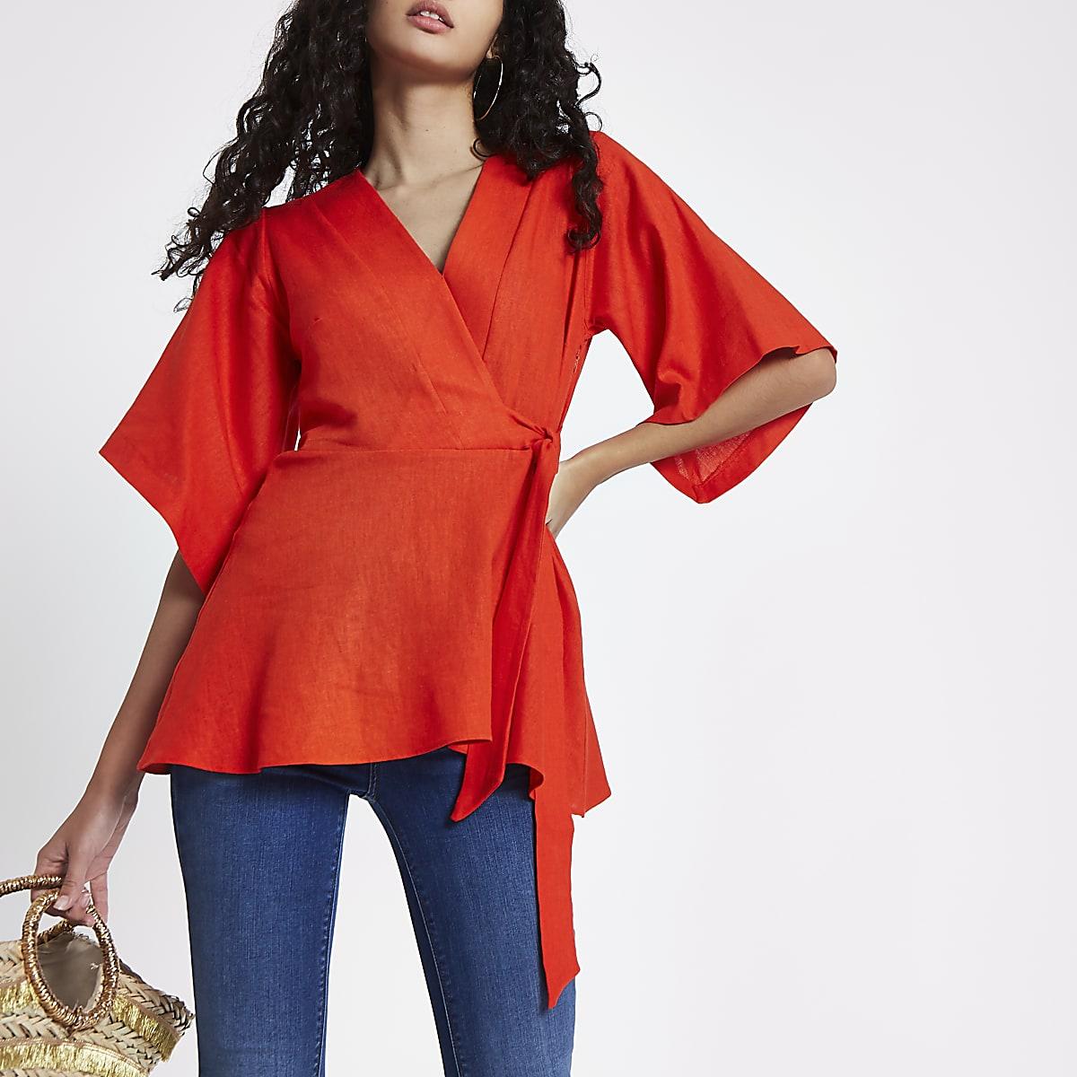 Top croisé rouge à manches kimono