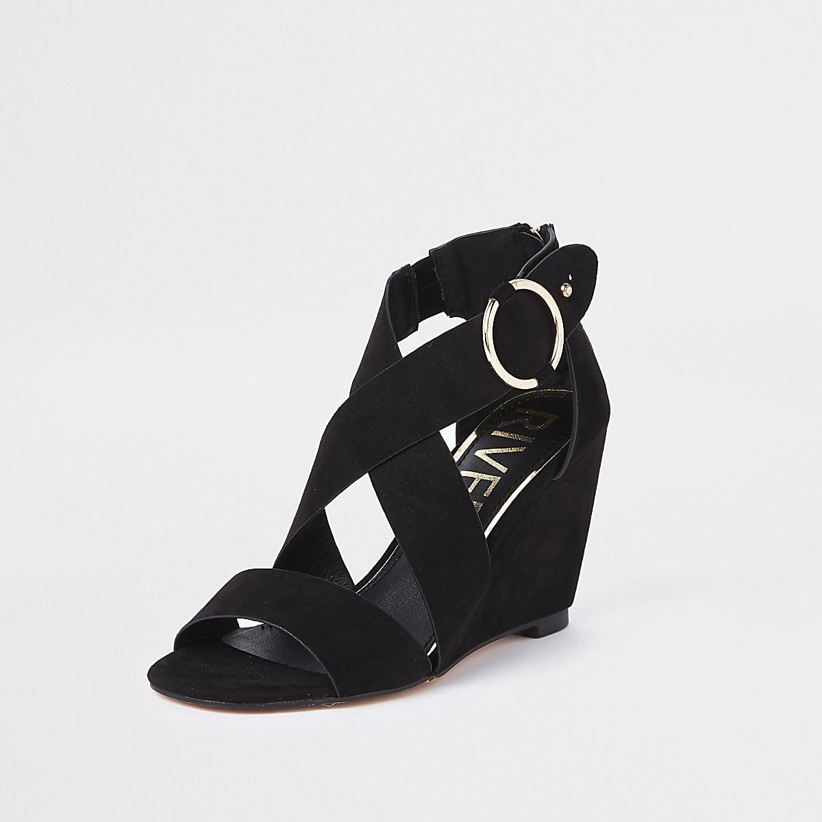 bfba67d0da4cd0 Sandales compensées noires avec brides croisées - Sandales ...