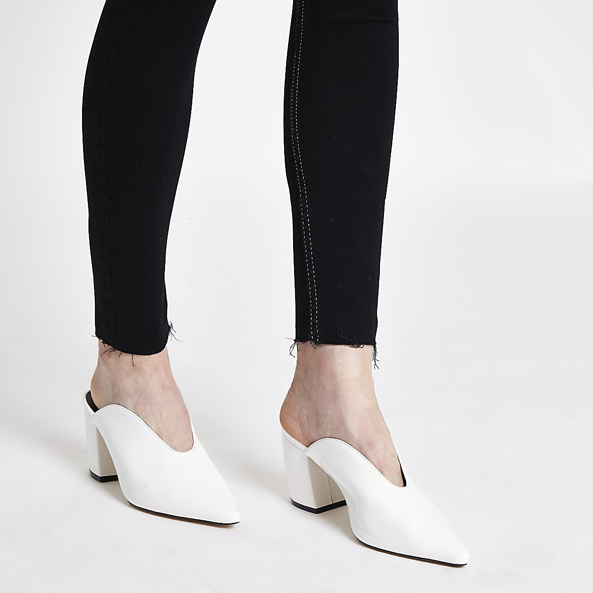 d1fc31c99f941 White curved heel mules - Shoes - Shoes & Boots - women