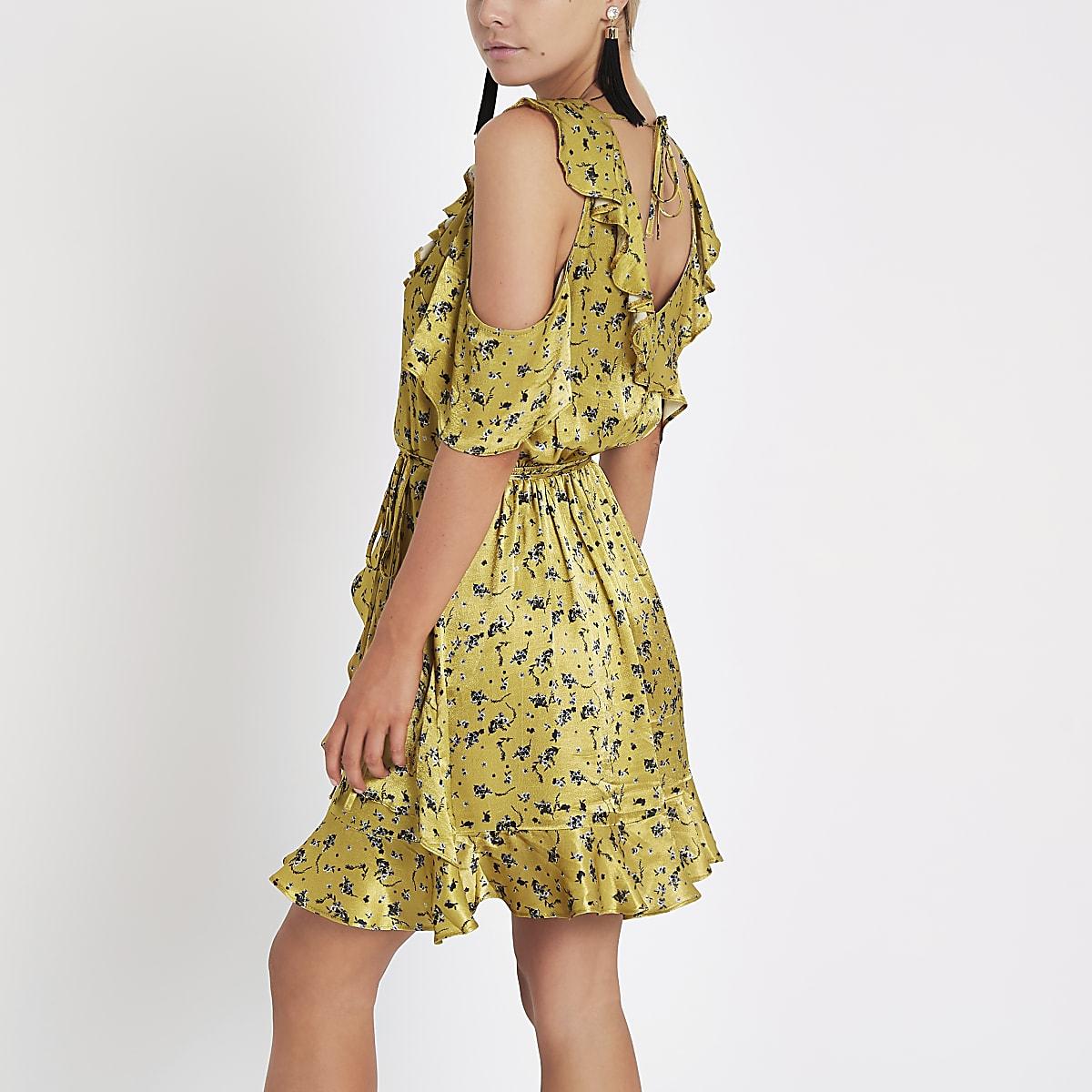 9eaa33d31358a Petite yellow floral wrap tea dress - Swing Dresses - Dresses - women