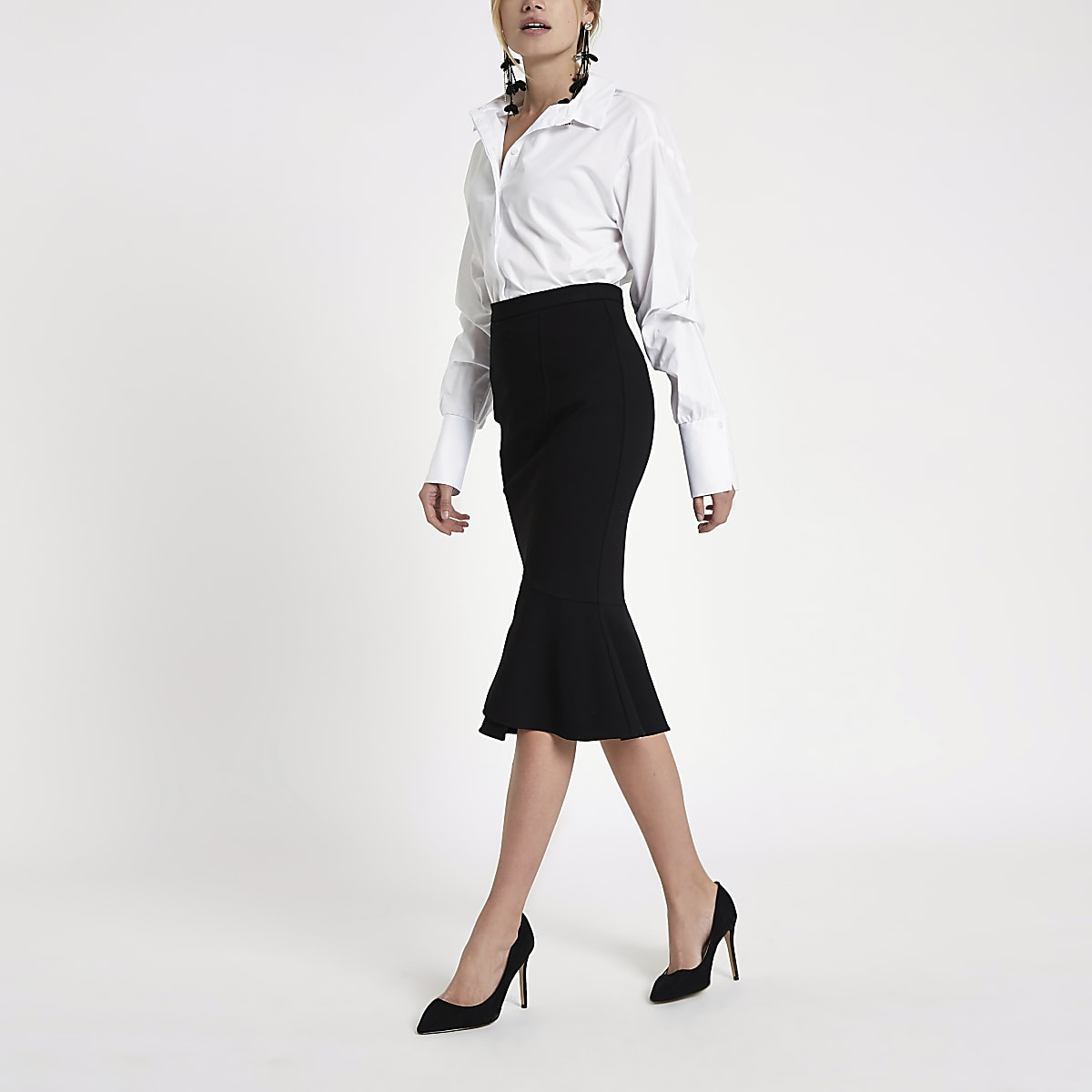 Black peplum hem pencil skirt