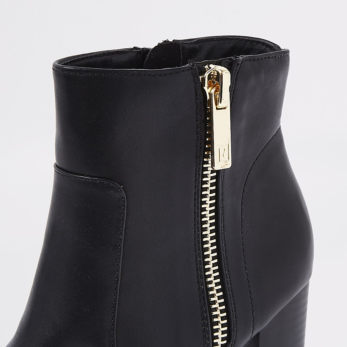 f23a32a83f0 Black chunky side zip block heel ankle boots