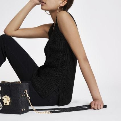 Black V neck knitted vest