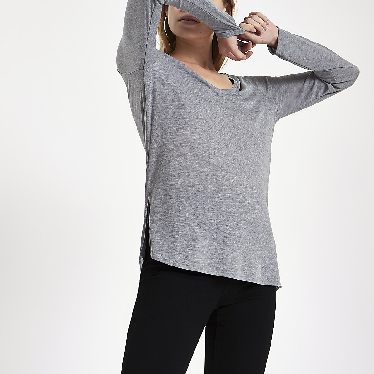 Grey V neck long sleeve T-shirt