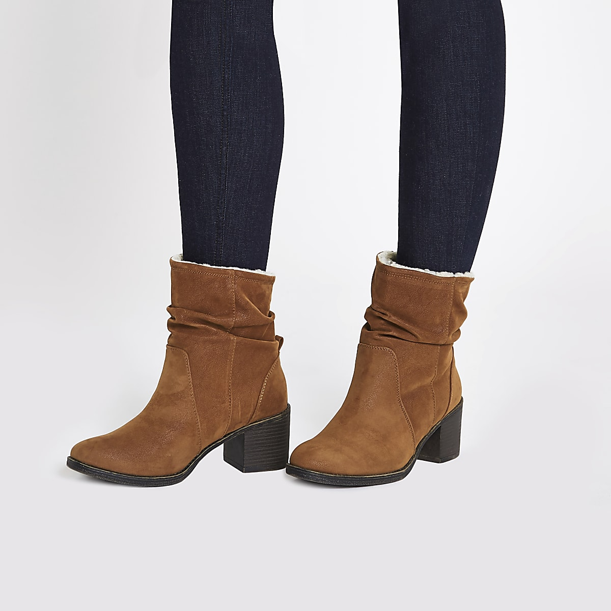 nouvelle collection 29db7 65e14 Light brown slouch block heel boots
