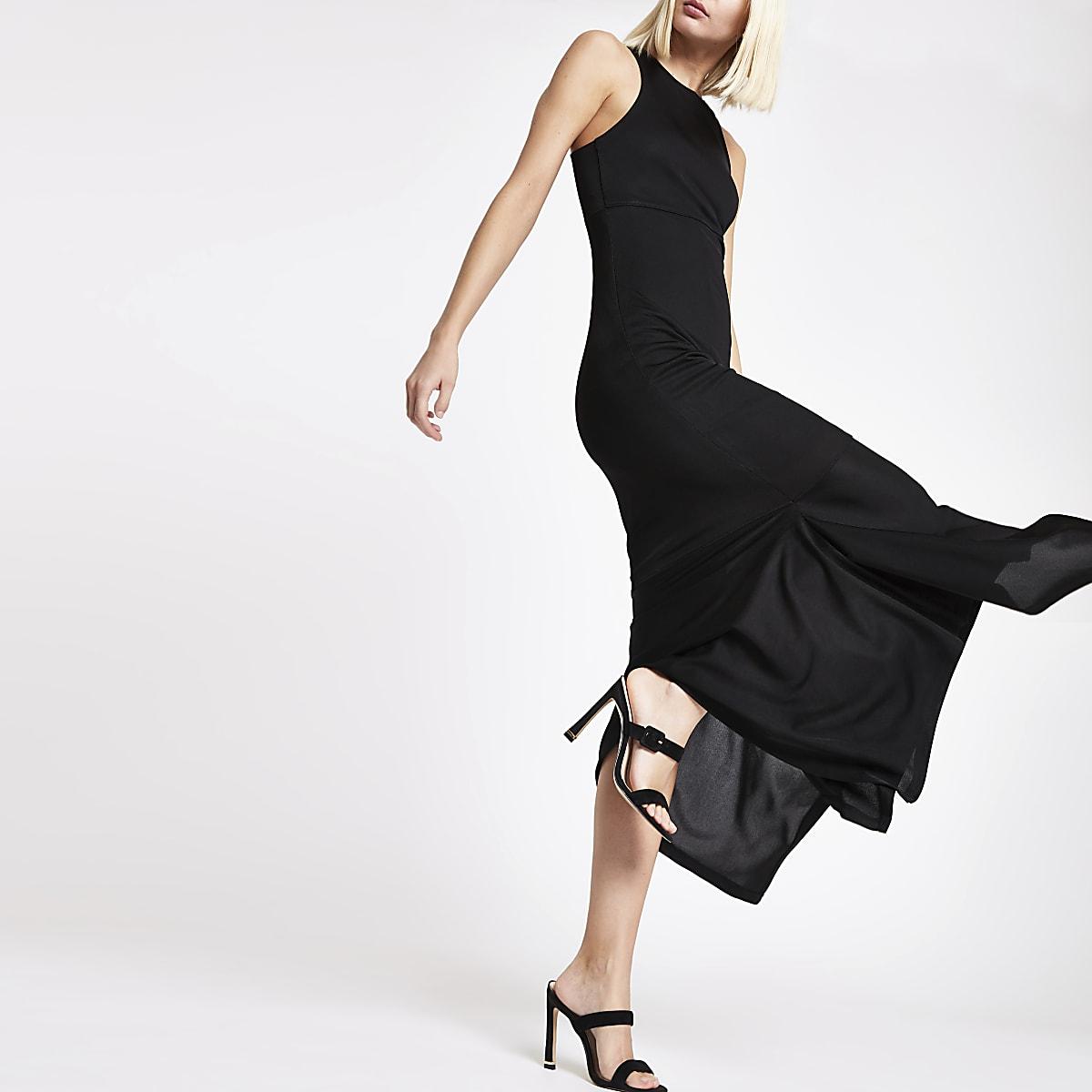 RI Sudio - Zwarte geribbeld jersey jurk met uitsnede