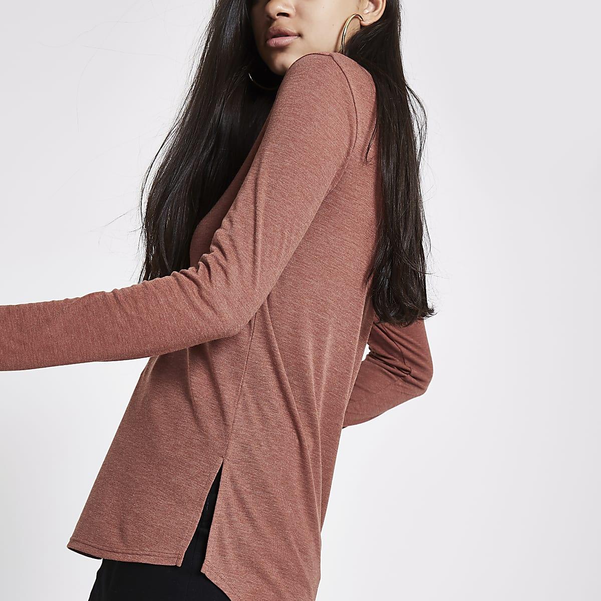 Light brown basic scoop neck long sleeve top