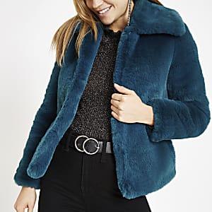 Donkerblauwe jas van imitatiebont