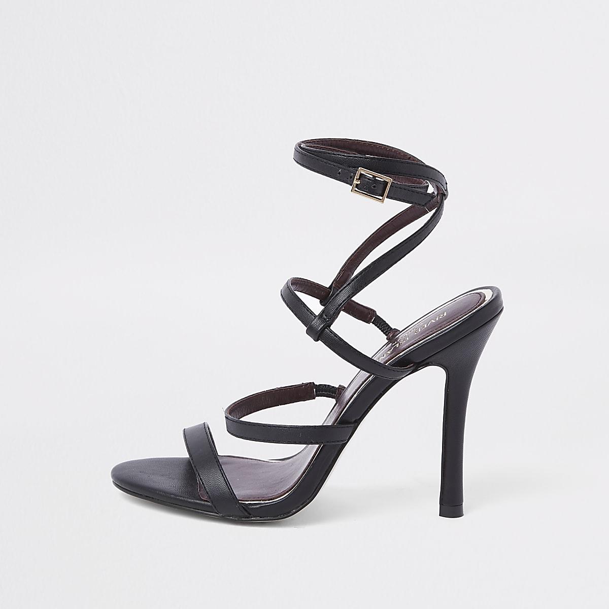 Sandales noires à brides et talons fins