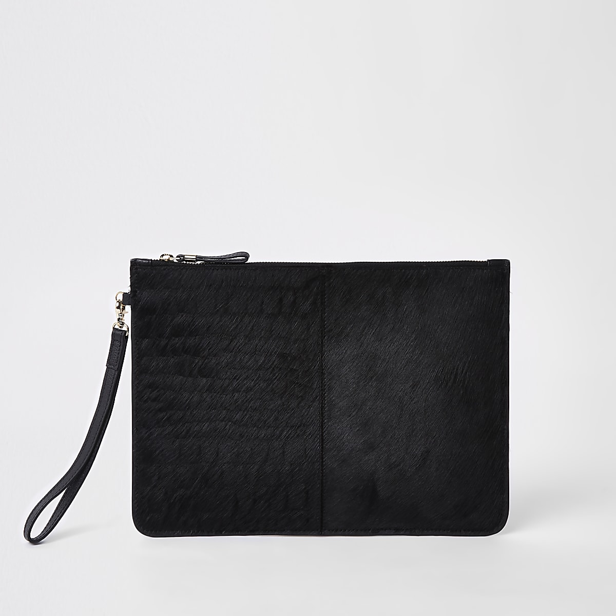 Schwarze Clutch aus Leder in Kroko-Optik