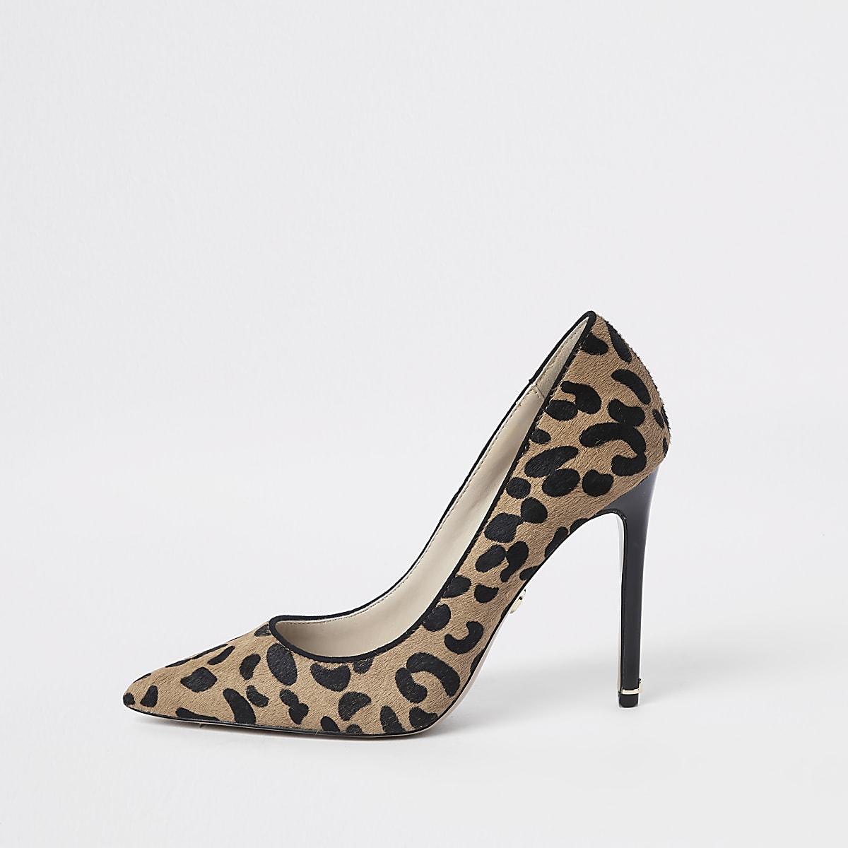 Bruine leren pumps met luipaardprint
