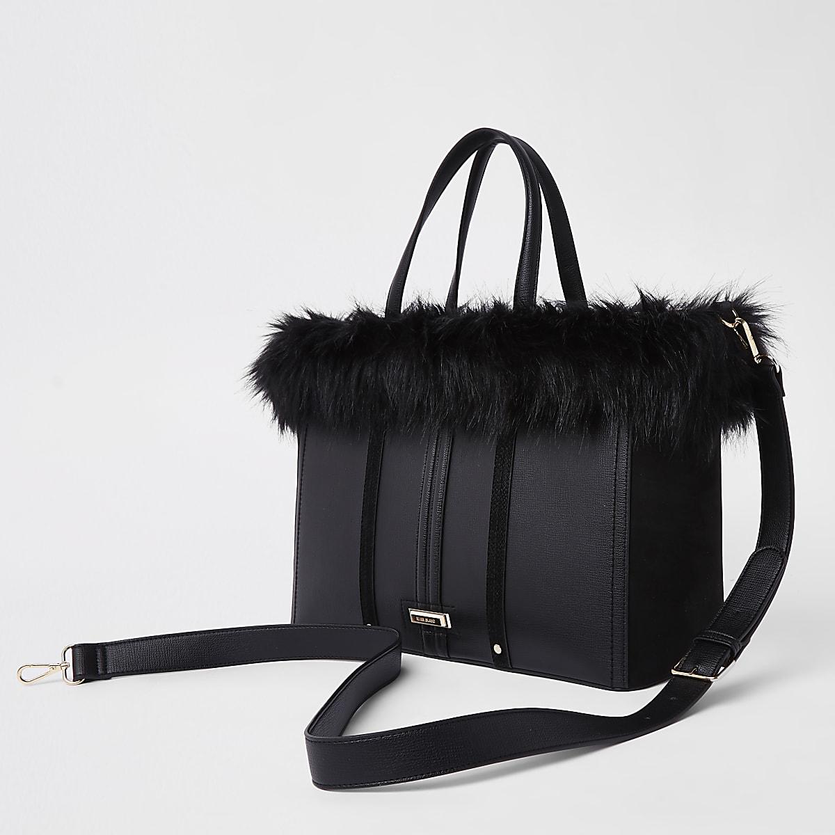 Schwarze Tote Bag mit Kunstfellbesatz