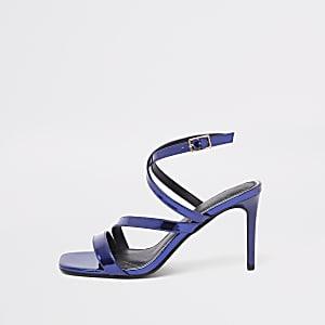 Sandales violettes vernies à brides asymétriques
