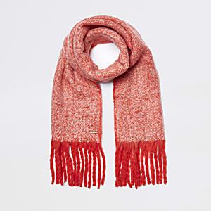 Red marl fluffy scarf