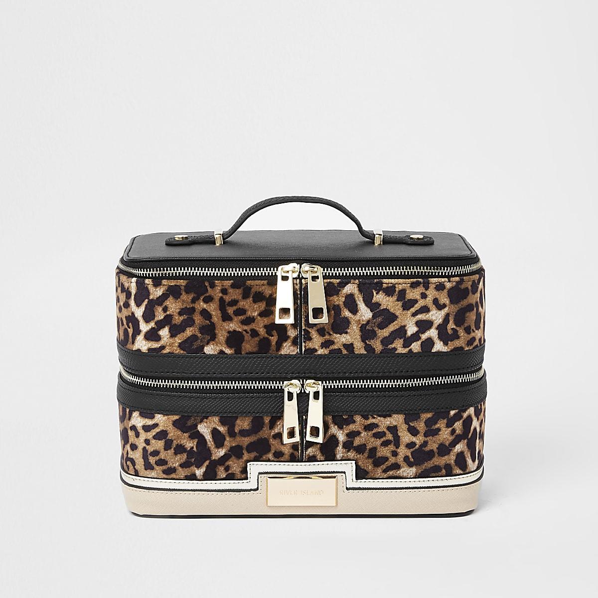 Beige leopard print panel vanity case