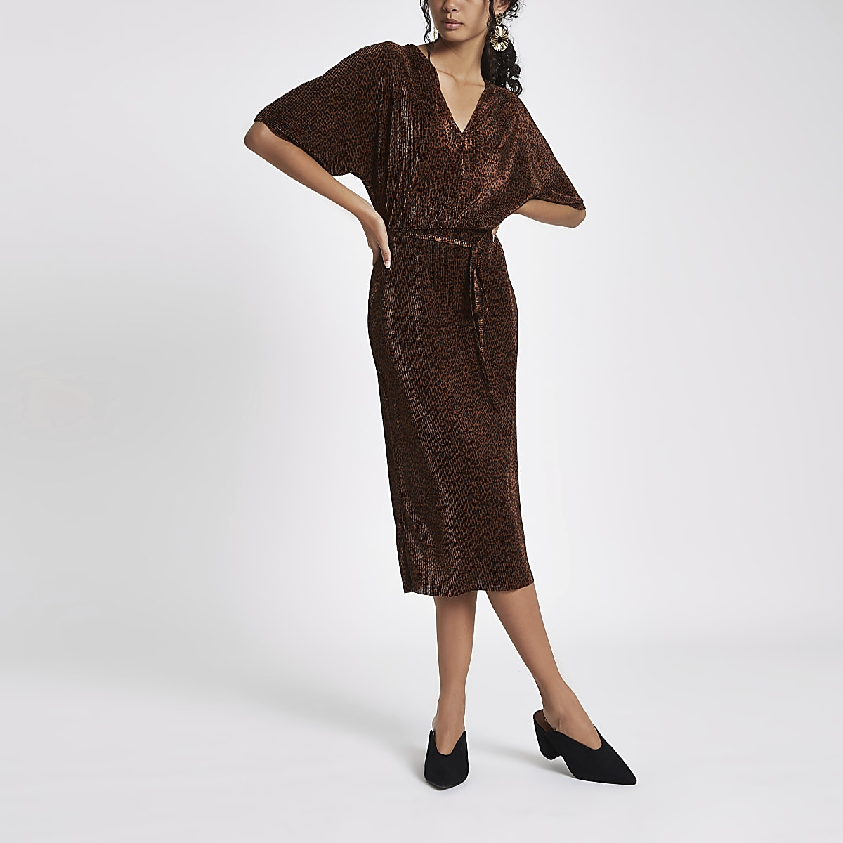 Betere Bruine jurk met luipaardprint en kimonomouwen | River Island DA-33