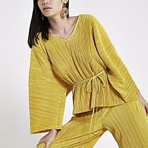 Dark yellow plisse V neck belted top