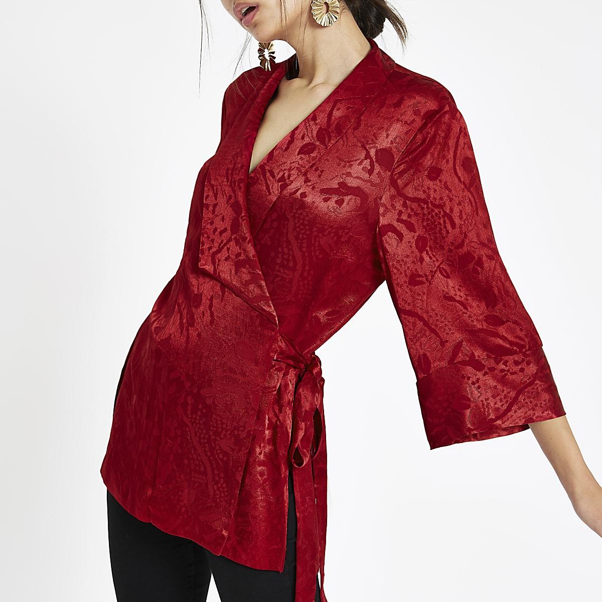 Red jacquard tie wrap front kimono