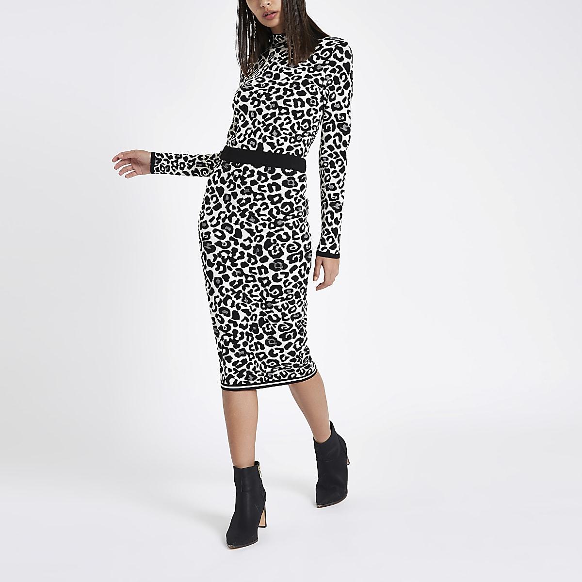 Grey leopard print knit midi skirt