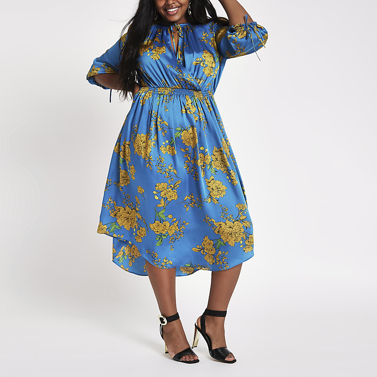 Plus blue print tie neck shirred midi dress