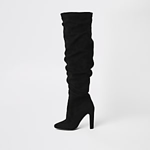 Schwarze Overknee-Stiefel