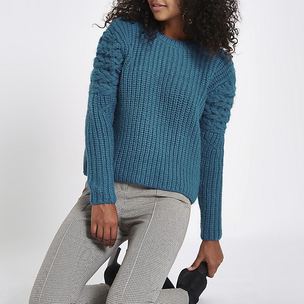 Blauwe gebreide pullover met lange mouwen